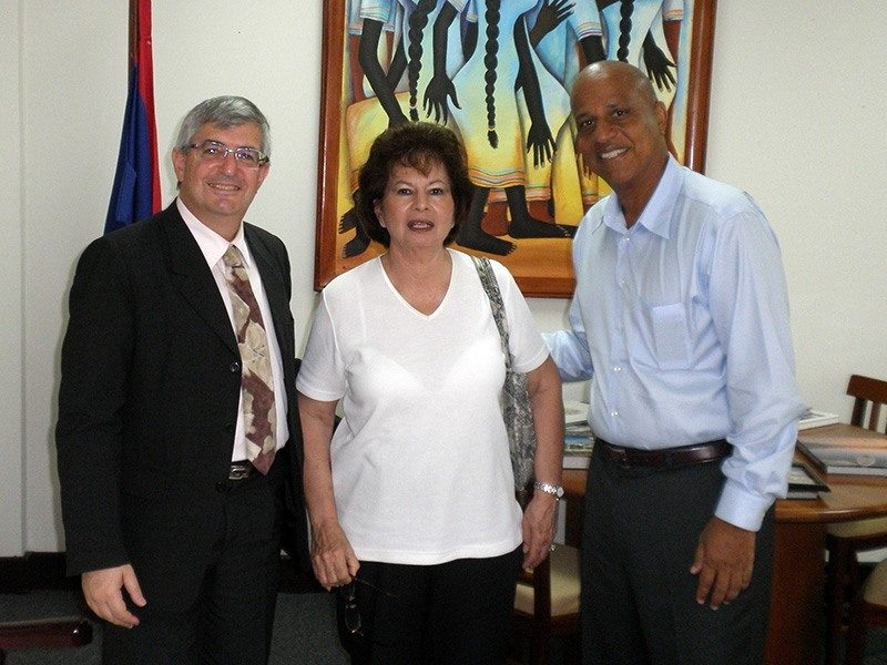 Honorary Consul of Israel in Belize Mrs. Rose Wischenka with Prime Minister of Belize Hon. Dean Barrow and Former Israeli ambassador to Belize and El Salvador Mr. Shmulik Bass.